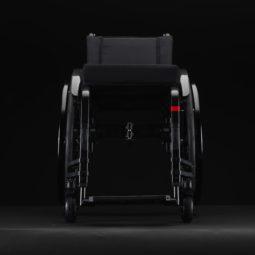 Mechanický vozík aktivní Küschall Champion 2.0 zepředu